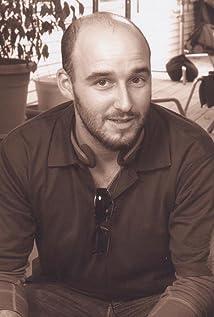 Daniel Dubiecki Picture