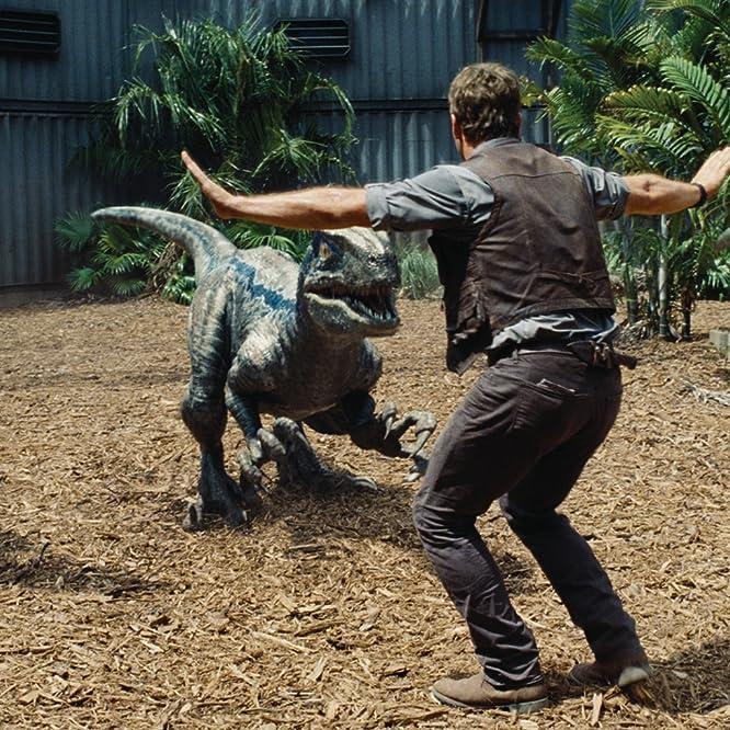 Chris Pratt in Jurassic World (2015)