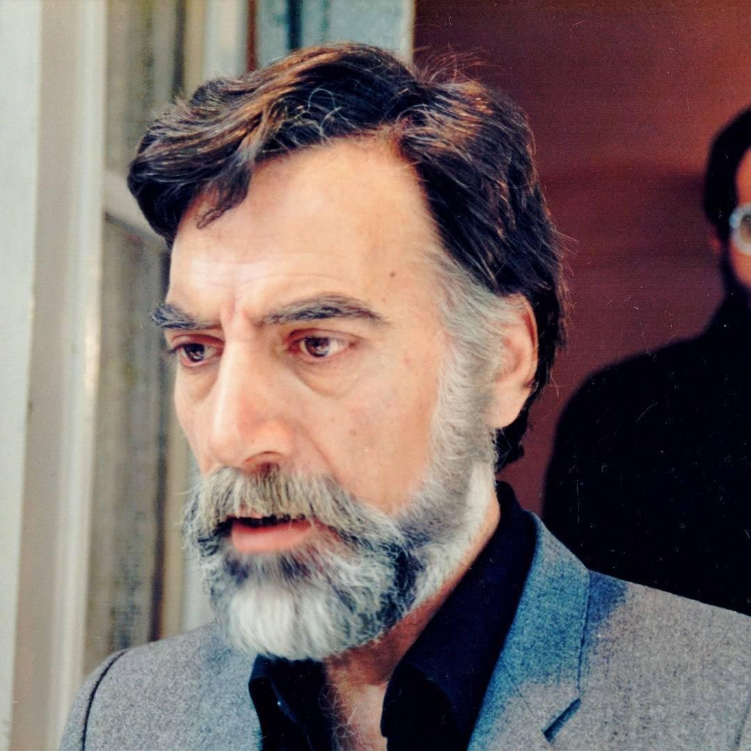 Hadi Eslami in Bahar dar payeez (1988)