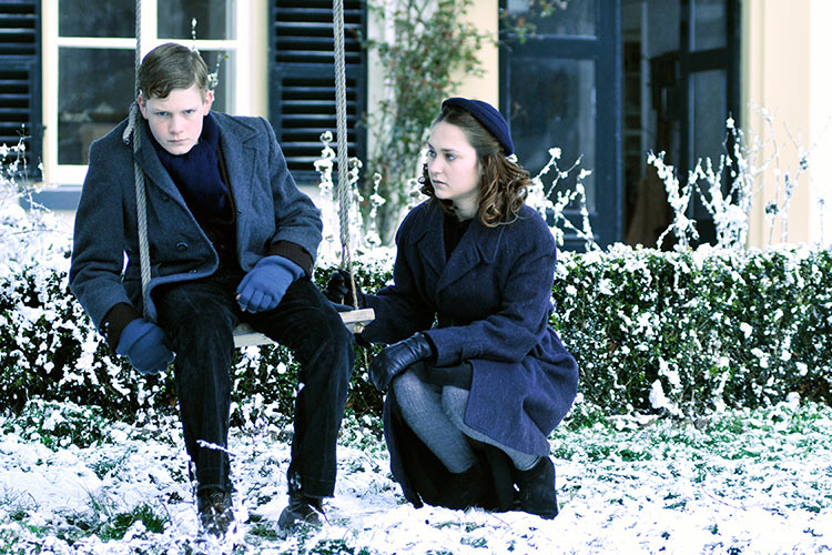 Winter in Wartime (2008) - Photo Gallery - IMDb