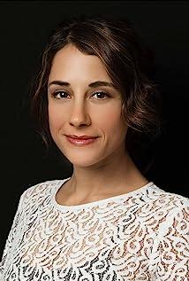 Elisa Zulueta Picture