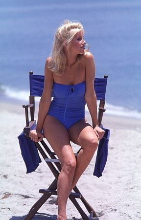 Suzanne Somers youtube channel