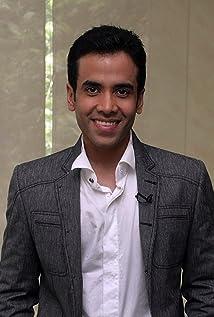 Tusshar Kapoor Picture