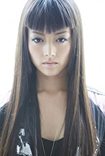 Kiki Sukezane Picture