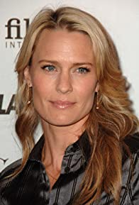 Primary photo for Robin Wright