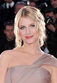 Primary photo for Mélanie Laurent