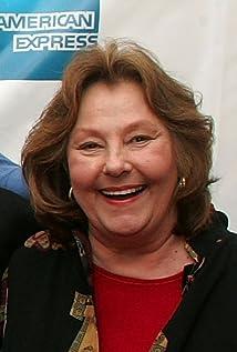Carlin Glynn