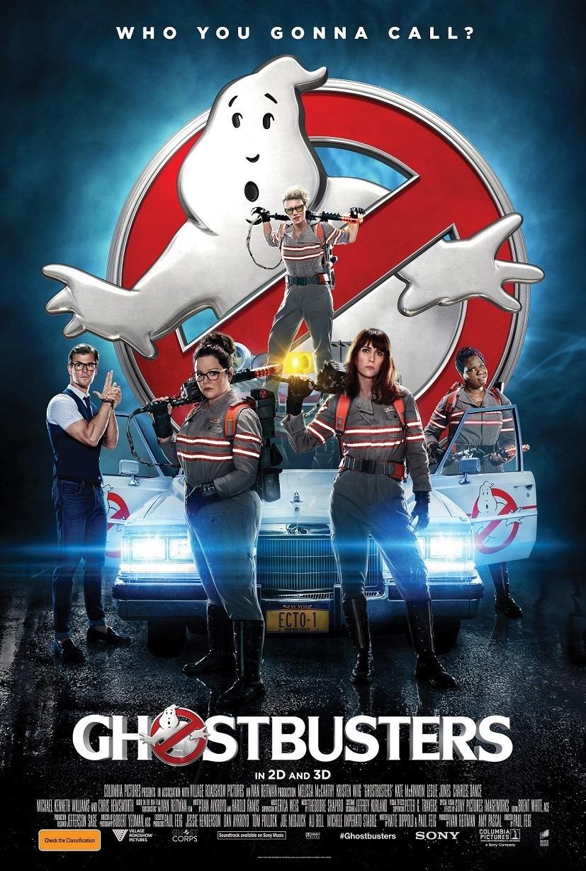Leslie Jones, Melissa McCarthy, Kate McKinnon, Chris Hemsworth, and Kristen Wiig in Ghostbusters (2016)