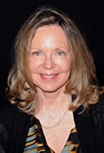 Lara Parker's primary photo