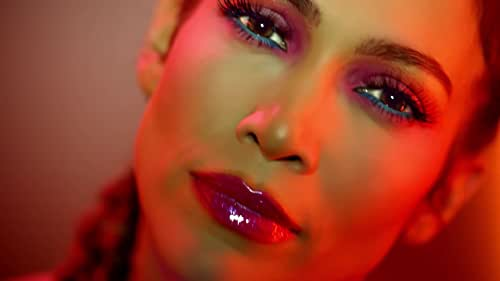 Music video by Jennifer Lopez performing Feel The Light (From The Original Motion Picture Soundtrack, Home). (C) 2015 Westbury Road Entertainment, LLC.