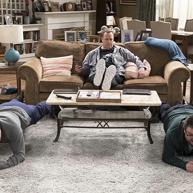 Kevin James, Bas Rutten, and Jay Klaitz in Kevin Can Wait (2016)