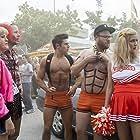 Ike Barinholtz, Rose Byrne, Carla Gallo, Seth Rogen, and Zac Efron in Neighbors 2: Sorority Rising (2016)