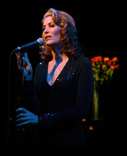 "2007: Jennifer Ward-Lealand sings her solo cabaret show ""The Look of Love, Evocative/Provocative"""