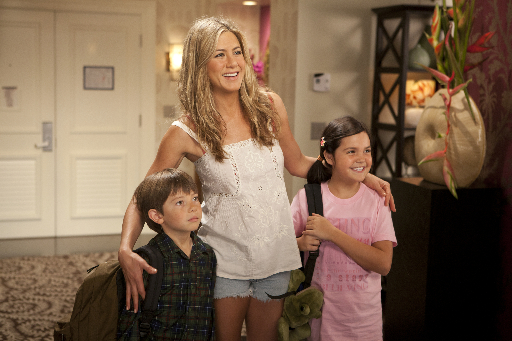Jennifer Aniston, Bailee Madison, and Griffin Gluck in Just Go with It (2011)