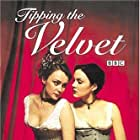 Keeley Hawes and Rachael Stirling in Tipping the Velvet (2002)
