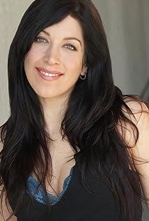 Cristina Maxwell Picture
