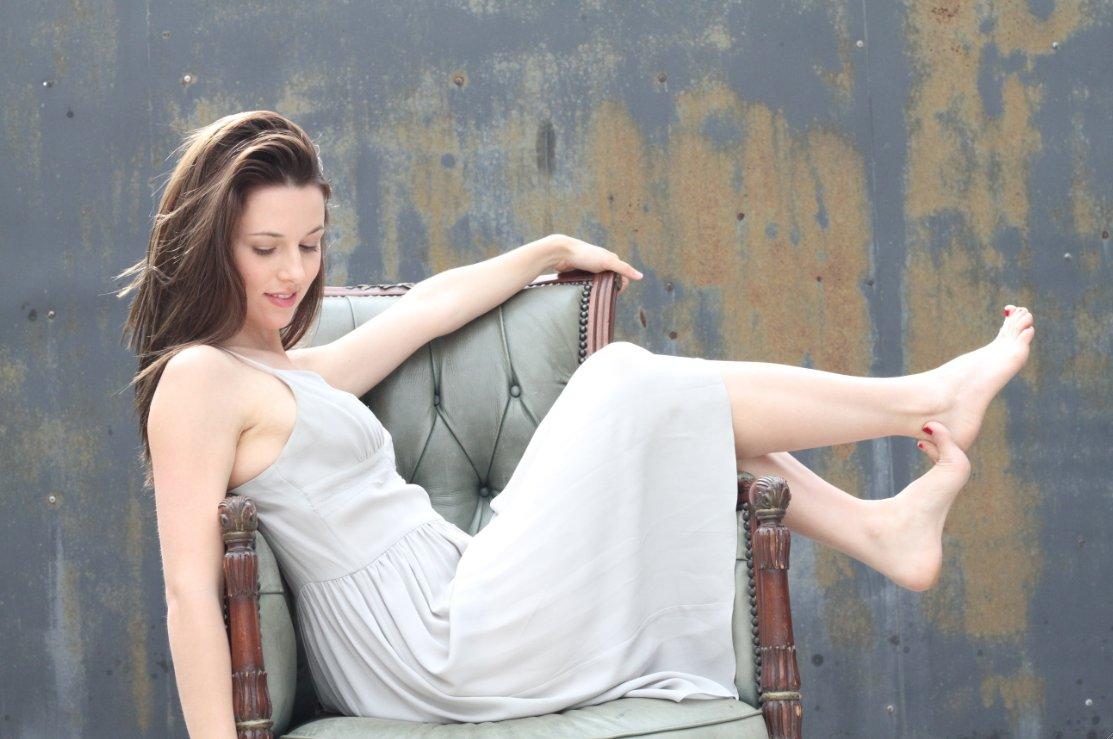 Eisha Singh 2015 Hot videos Cynthia Cypert,Meriam Bellina