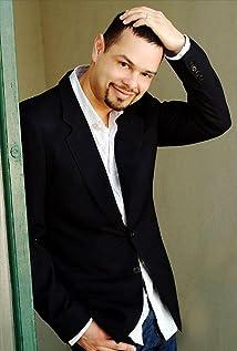 Luis Camacho Picture