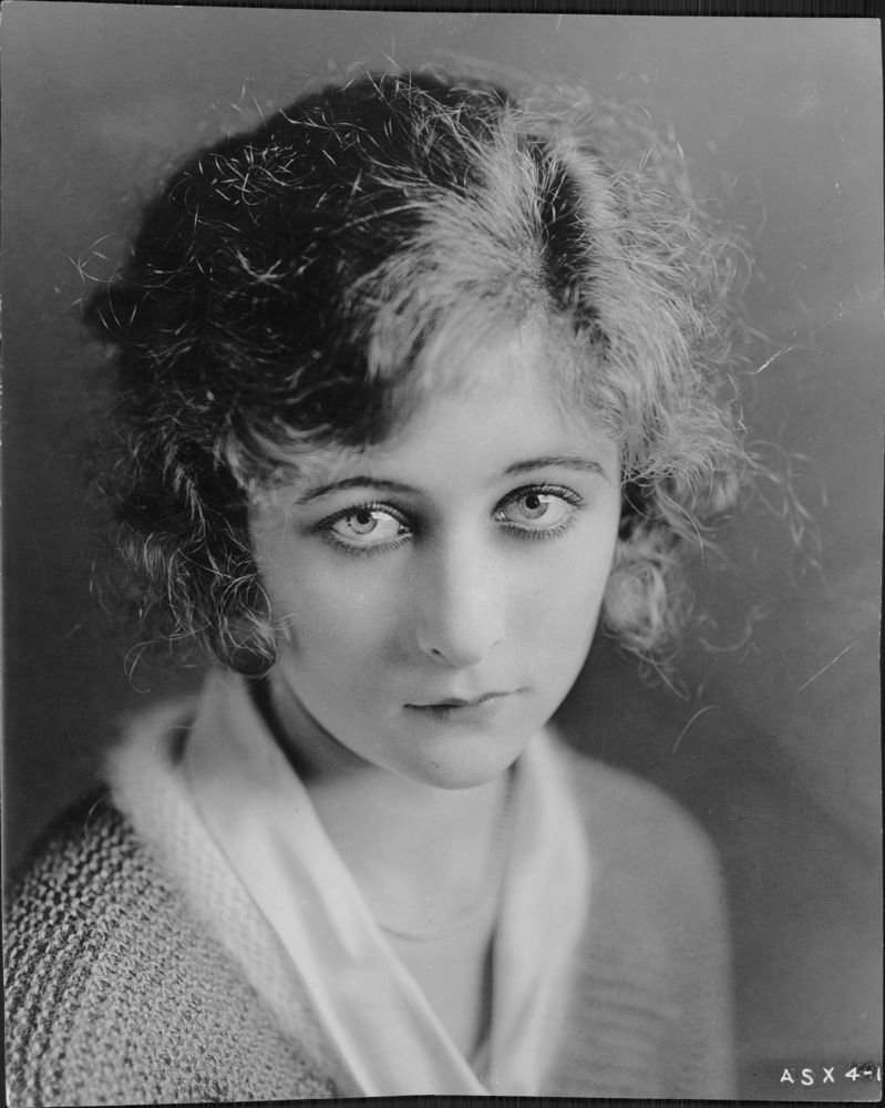 Tits Mildred Harris naked photo 2017