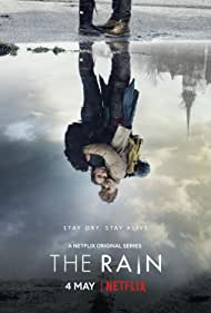 Alba August and Lucas Lynggaard Tønnesen in The Rain (2018)