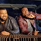 Ice Cube and Kevin Hart in Ride Along (2014)
