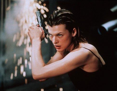 Milla Jovovich in Resident Evil (2002)