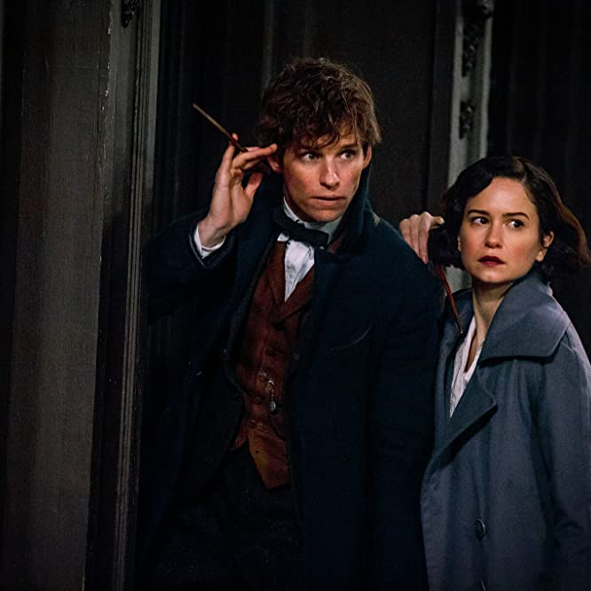 Eddie Redmayne and Katherine Waterston in Fantastic Beasts and Where to Find Them (2016)