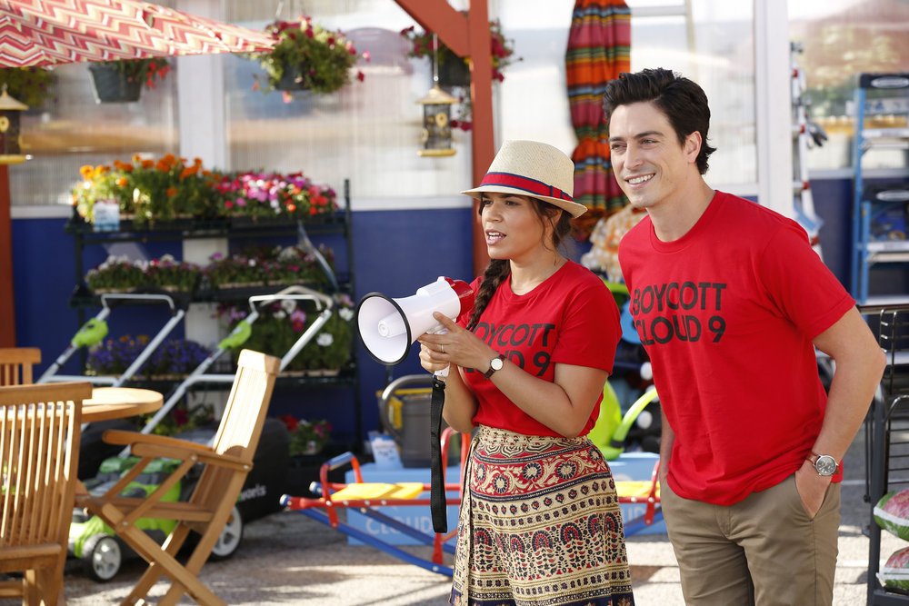 America Ferrera and Ben Feldman in Superstore (2015)
