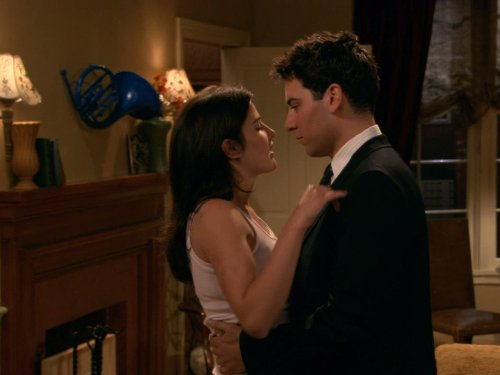 Josh Radnor and Cobie Smulders in How I Met Your Mother (2005)