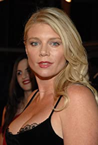Primary photo for Peta Wilson