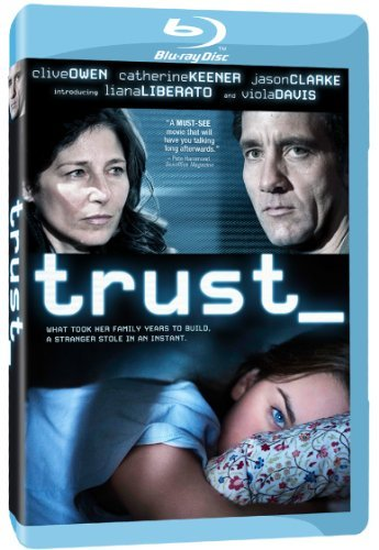 Catherine Keener, Clive Owen, and Liana Liberato in Trust (2010)