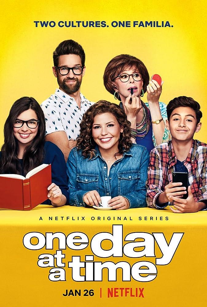 Rita Moreno, Justina Machado, Todd Grinnell, Isabella Gomez, and Marcel Ruiz in One Day at a Time (2017)
