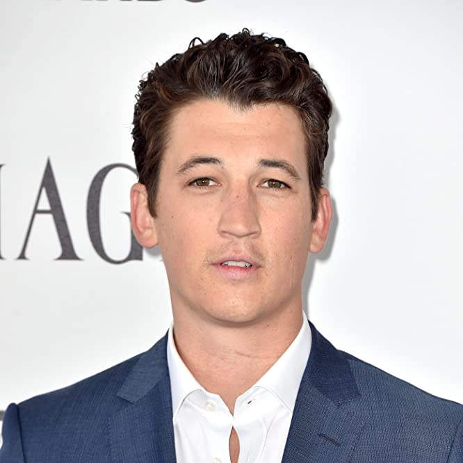 Miles Teller at an event for 32nd Film Independent Spirit Awards (2017)