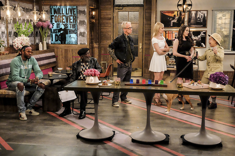 Andy Dick, Garrett Morris, Kat Dennings, Matthew Moy, Beth Behrs, and 2 Chainz in 2 Broke Girls (2011)