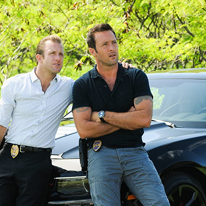 Scott Caan and Alex O'Loughlin in Hawaii Five-0 (2010)