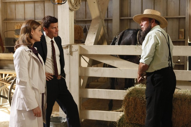 David Boreanaz, Emily Deschanel, and Randy Oglesby in Bones (2005)