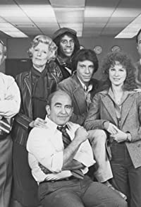 Primary photo for Lou Grant