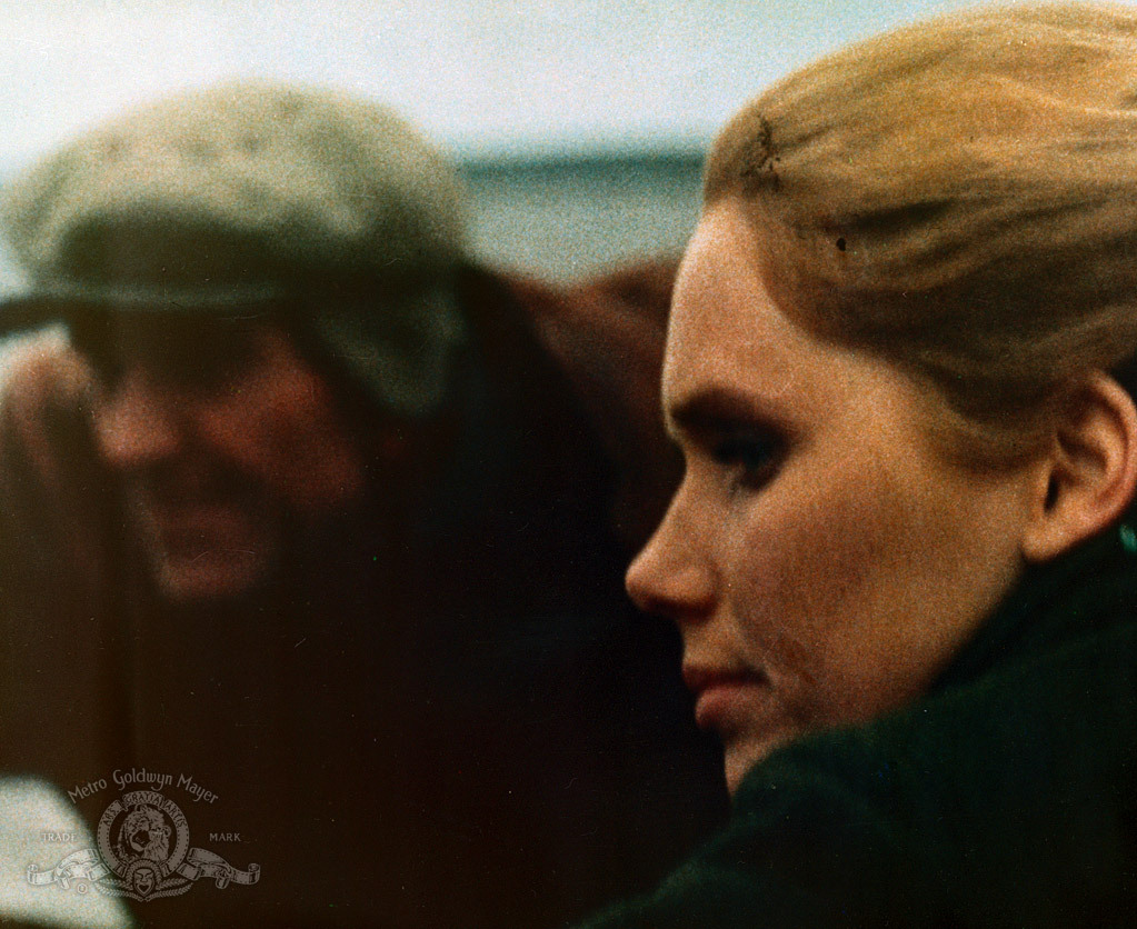 Erik Hell and Liv Ullmann in En passion (1969)