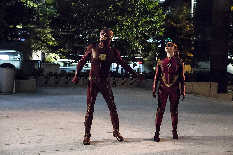 Grant Gustin and Violett Beane in The Flash (2014)