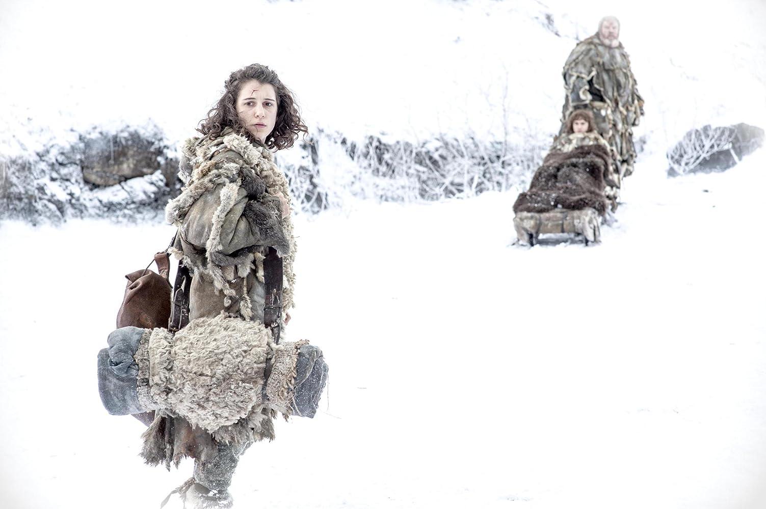 Ellie Kendrick, Isaac Hempstead Wright, dan Kristian Nairn in Game of Thrones (2011)