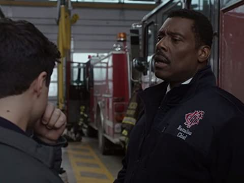 Chicago Fire 2×16 – Un cohete despegando