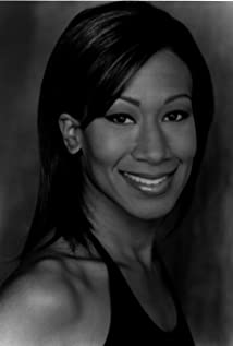 Nicole Avant Picture