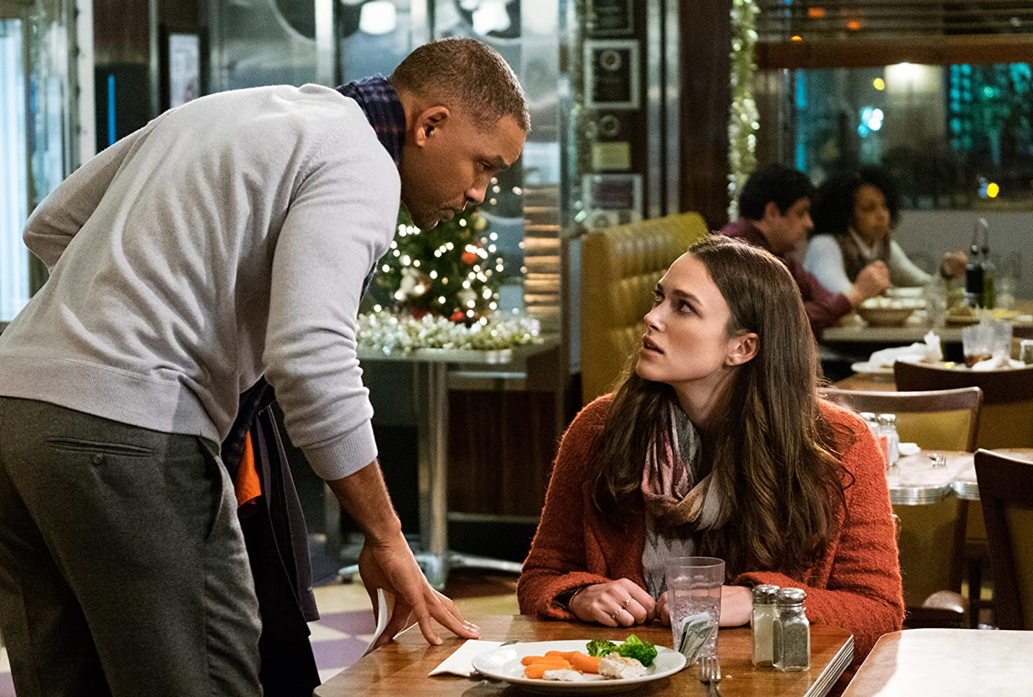 Will Smith and Keira Knightley in Collateral Beauty (2016)