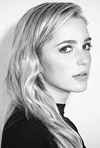 Primary photo for Jessica Rothe