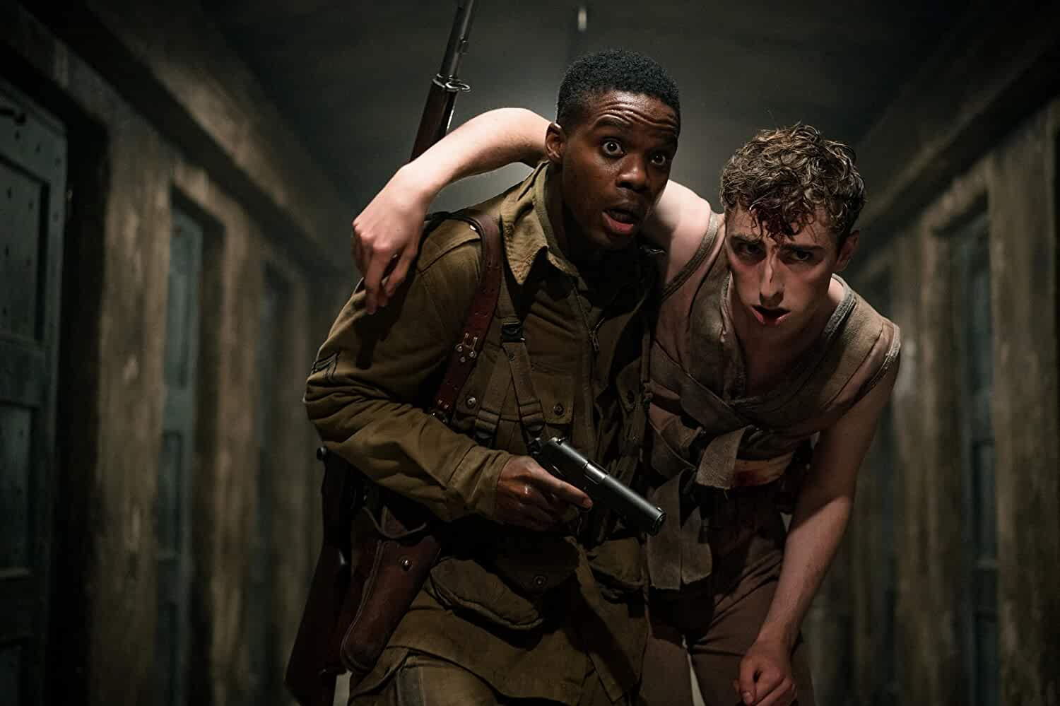 Dominic Applewhite and Jovan Adepo in Overlord (2018)
