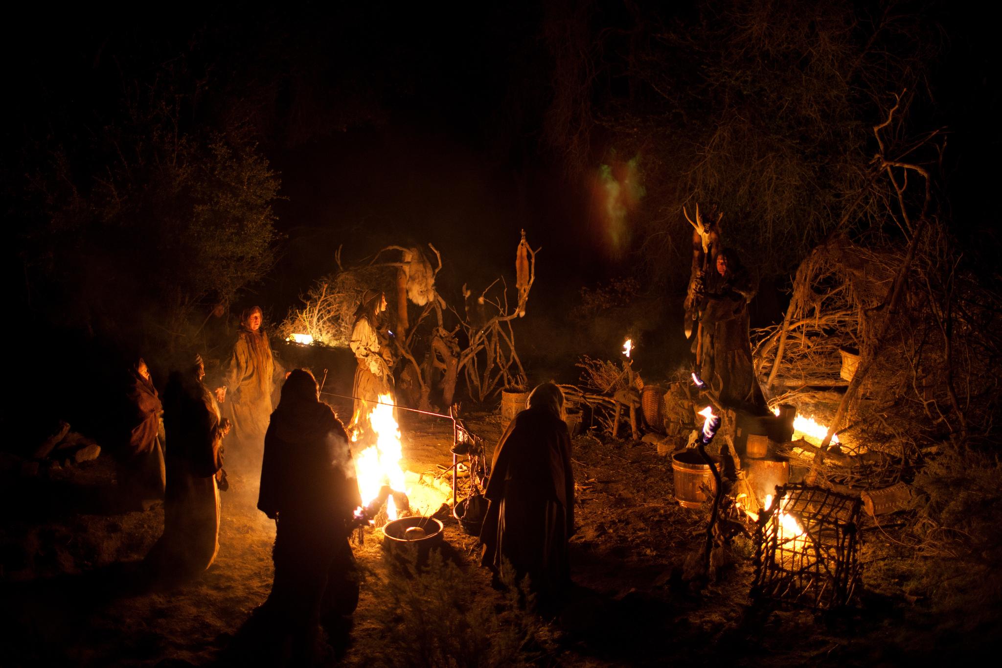 приготовлении, картинки шабаш ведьм жертвовать