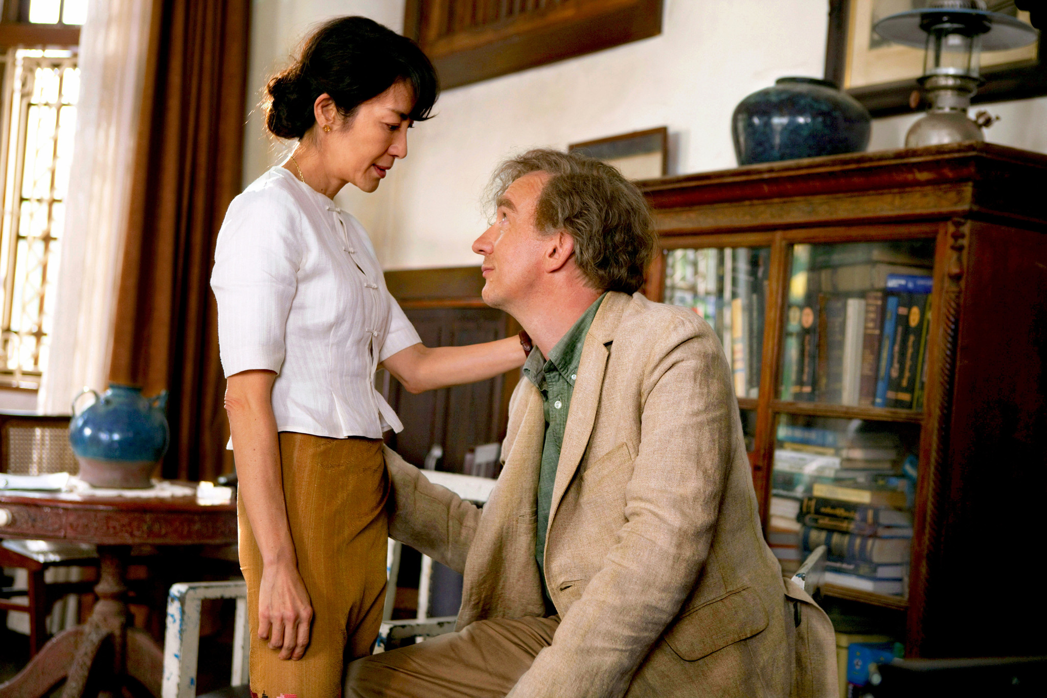 David Thewlis and Michelle Yeoh in The Lady (2011)