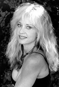 Primary photo for Linnea Quigley