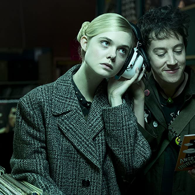 Elle Fanning and Alex Sharp in How to Talk to Girls at Parties (2017)