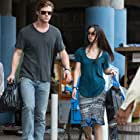 Chris Hemsworth and Tang Wei in Blackhat (2015)